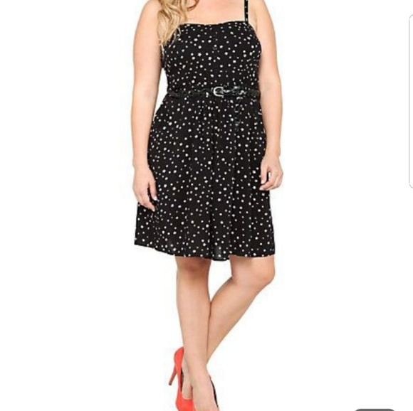 torrid Dresses & Skirts - 🌠TORRID BLACK DRESS WITH WHITE STARS